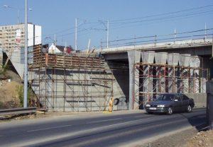 Brno, most přes ul. Křižíkovu a trať ČD (2002)